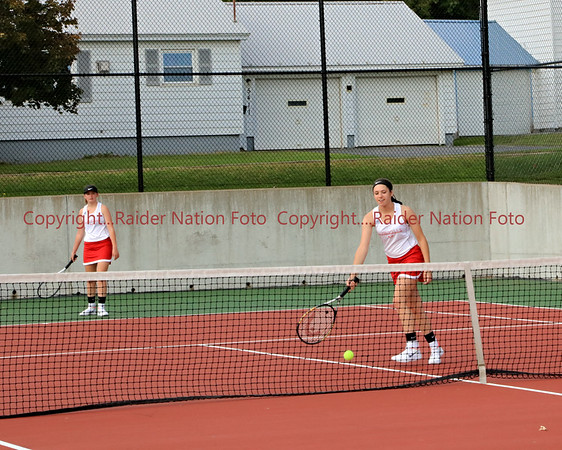 18 Vars Girls Tennis