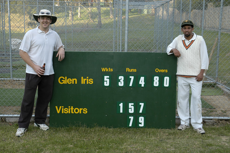 Record 5th Wicket Partnership 242 <br /> Paul Scully 157 & Lasahn Samarasinghe 79<br /> 2nd Synthetic XI