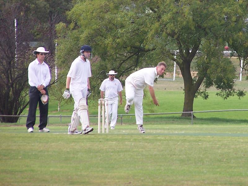 David Borland bowling<br /> 3rd Division ODC<br /> Glen Iris V Clifton Hill