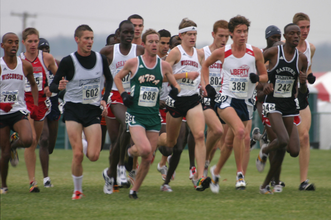 Lead pack at 5K: #799 Simon Bairu, #602 Martin Fagen, #688 Westly Keating, #811 Matt Withrow, #802 Antony Ford, #389 Josh Mcdougal, #242 Jacob Korir
