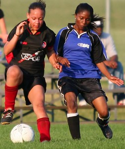 UNITED BLACK DEVILS vs. BLUE BOMBSHELLS - Jessica Fletcher(l), Pauline Young(r)