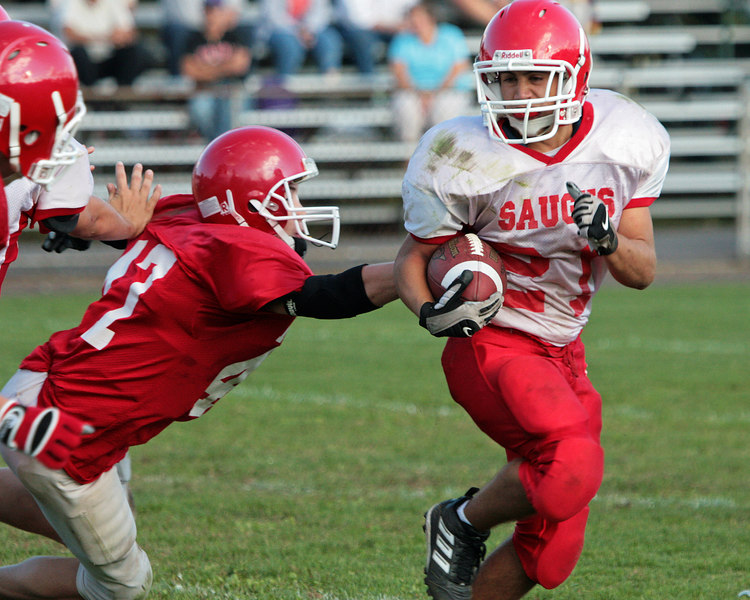 Saugus vs Masco 09-20-06 049ps