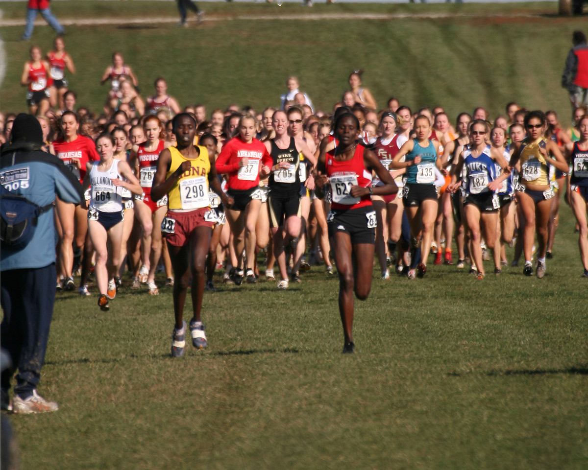 Sally Kipyego, Texas Tech #622 women's first place finisher.  Photo at about 800 meters.