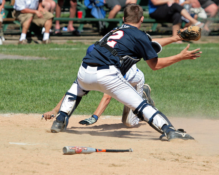 C:\AAPhotos\15-year old Saugus All Stars\Saugus vs Leominster 08-05-06 169ps
