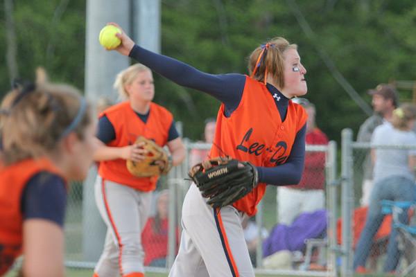 IMG_66468Lee-Davis pitcher Melanie Hazelwood