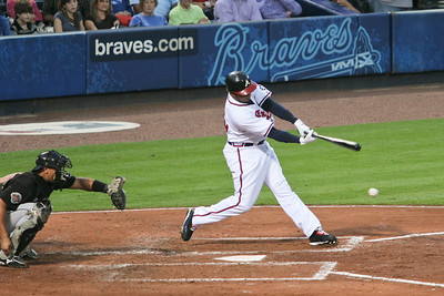 Andruw Jones went 2-for-3 and had 3 RBIs.