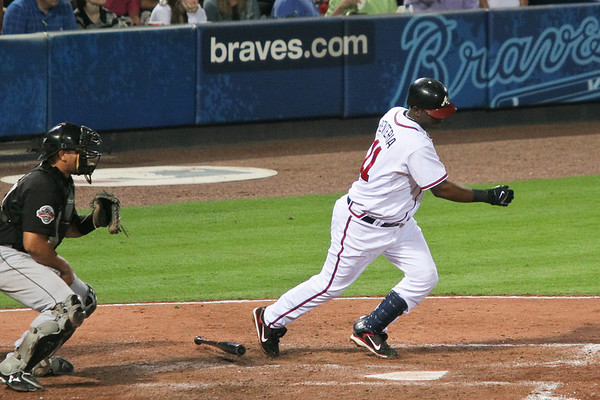SS Edgar Renteria finally gets a hit.  He went 1-for-4 for the night.