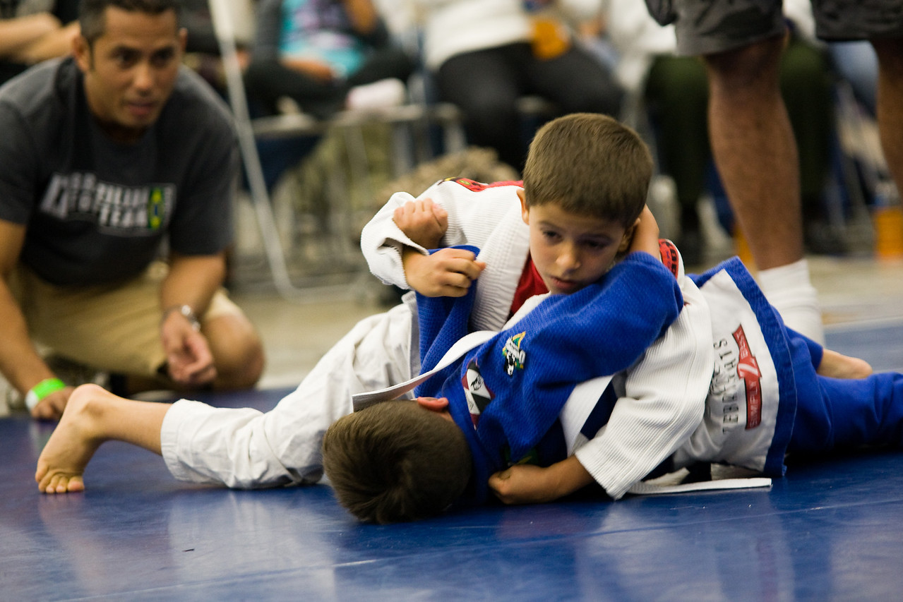 2008-12-06 - No Limits Grappling Tournament - Youth Division -  (101 of 207)