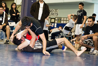 2008-12-07 - No Limits Grappling Tournament - Adult No-Gi (2 of 132)