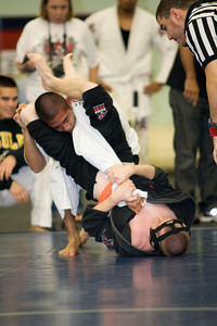 2008-12-07 - No Limits Grappling Tournament - Adult Gi -  (2 of 212)