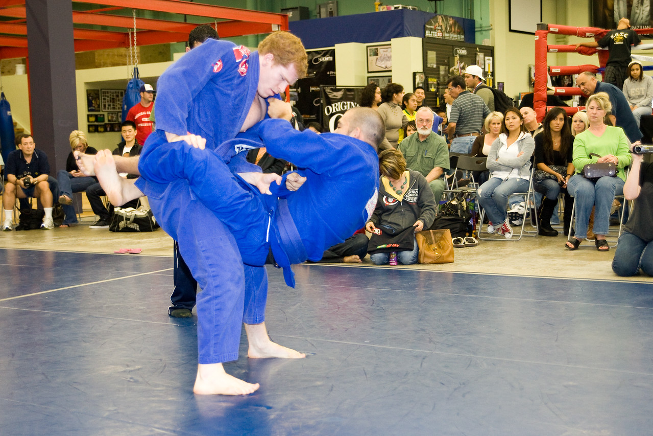 2008-12-07 - No Limits Grappling Tournament - Adult Gi -  (160 of 212)