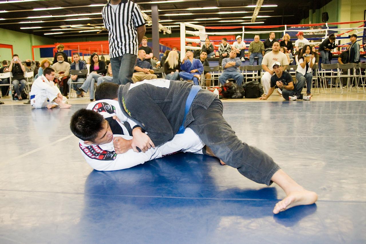 2008-12-07 - No Limits Grappling Tournament - Adult Gi -  (156 of 212)