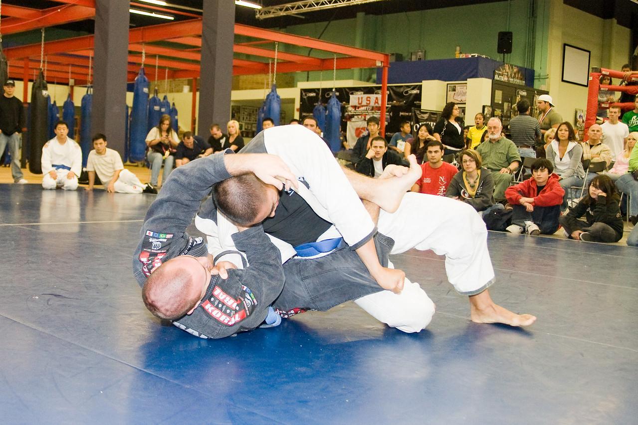 2008-12-07 - No Limits Grappling Tournament - Adult Gi -  (158 of 212)