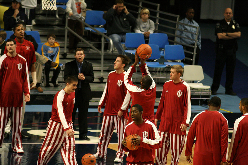 March 9, 2008  Penn St vs. Indiana NCAA Men's basketball<br /> DJ White warms up