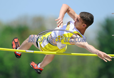Thomaston's Eddie Kowalski clears 8'6 in the pole vault during the Berkshire League Outdoor Track and Field Championships held at Litchfield High School on Saturday, May 17, 2008. (Mike Orazzi | The Bristol Press)