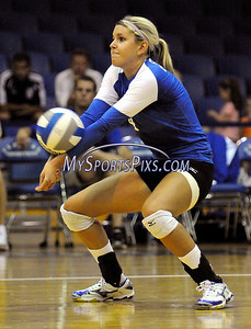 8/30/2008 Mike Orazzi   The Bristol Press Central Connecticut State University Volleyball player Amanda Olmstead with a dig during CCSU's 3-2 win over Iona College on Saturday, August 30,2008.