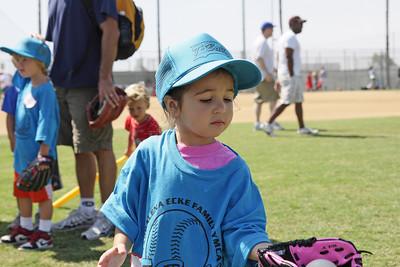 2008-09-06_Josie TBall_03