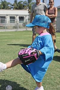2008-09-06_Josie TBall_09