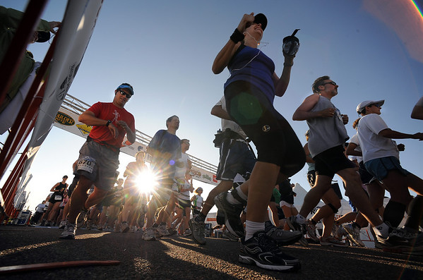 "The Boulder Mararthon and Marathon Relay start at the Boulder Reservoir on Sunday.<br /> For more photos, go  to photo galleries/ sports at  <a href=""http://www.dailycamera.com"">http://www.dailycamera.com</a>.<br /> Cliff Grassmick / September 20, 2009"