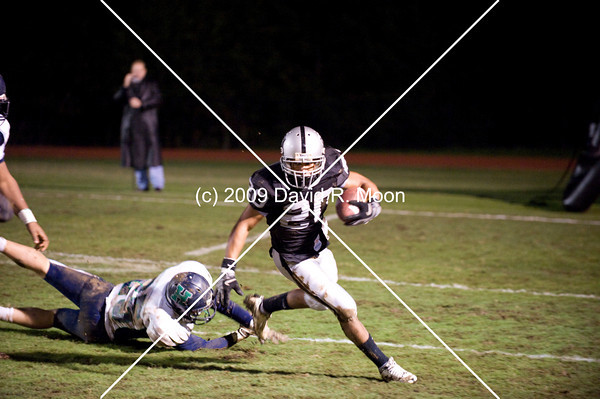 Harrison Hoyas played East Paulding Raiders at the Bone Yard.  Both teams were tied for the 4th place in 5-AAAAA at the start of the game.