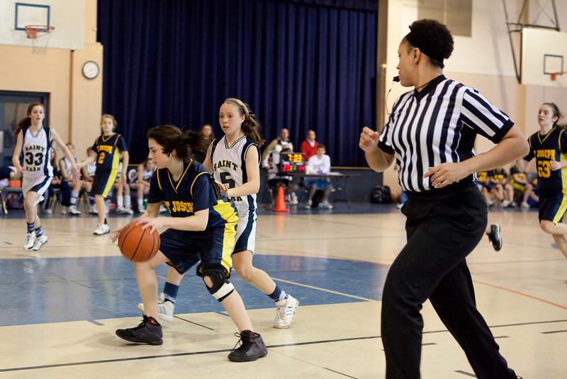 St Joseph 8th Grade Basketball Team, Janaury 2009 (49 of 74)