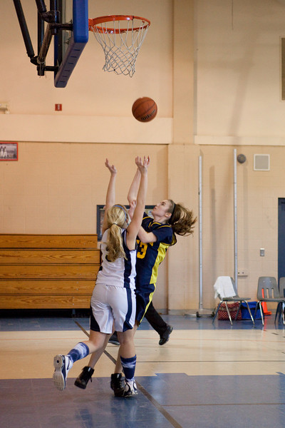 St Joseph 8th Grade Basketball Team, Janaury 2009 (45 of 74)