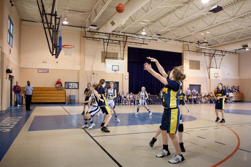 St Joseph 8th Grade Basketball Team, Janaury 2009 (54 of 74)