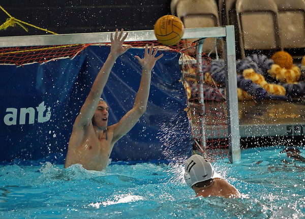 2009 - Water Polo vs LO
