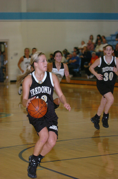 2009 Fredonia vs Frontanic high School girls substate basketball