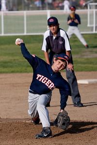 20090316_Tigers_Raiders_005