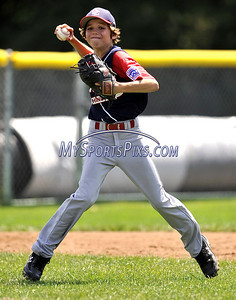 8/10/2009 MIke Orazzi | Staff The District of Columbia's Ben Furlong (4) fields a ground ball during a loss to Maryland in the 2009 Eastern Regional Little League Tournament in Bristol, Conn., on Monday, August 10, 2009.