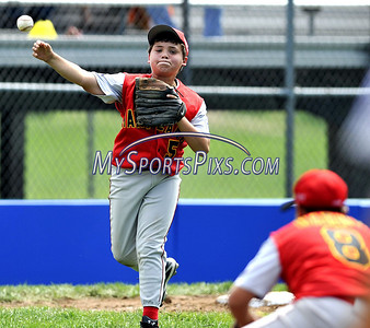8/10/2009 MIke Orazzi | Staff Maryland's Collin McVicker (5) fields a ground ball during a win over the District of Columbia in the 2009 Eastern Regional Little League Tournament in Bristol, Conn., on Monday, August 10, 2009.