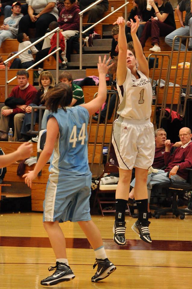 basketball homecoming 02-05-2010 (21 of 134)