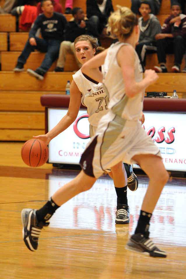 basketball homecoming 02-05-2010 (29 of 134)