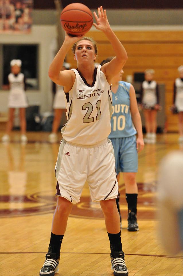 basketball homecoming 02-05-2010 (6 of 134)