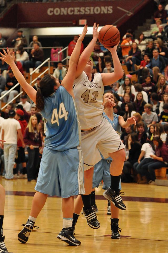 basketball homecoming 02-05-2010 (36 of 134)