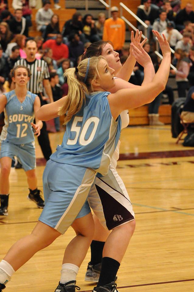 basketball homecoming 02-05-2010 (8 of 134)
