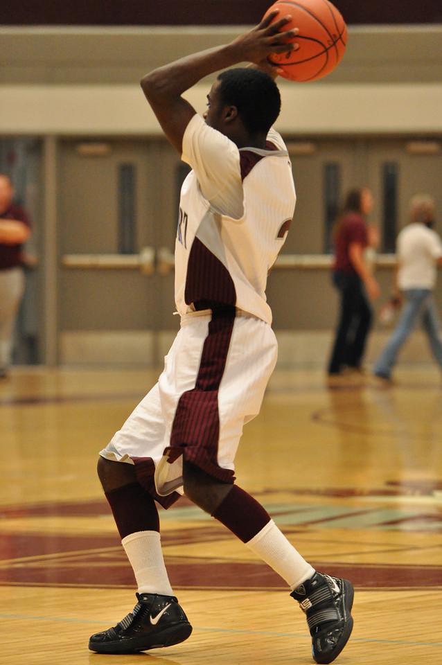 basketball homecoming 02-05-2010 (59 of 134)