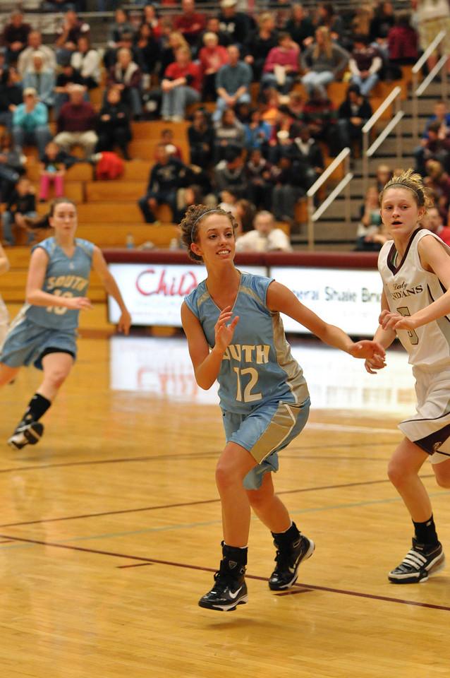 basketball homecoming 02-05-2010 (38 of 134)