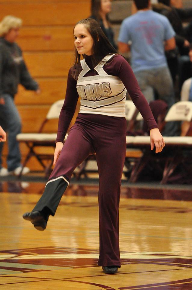 basketball homecoming 02-05-2010 (10 of 134)