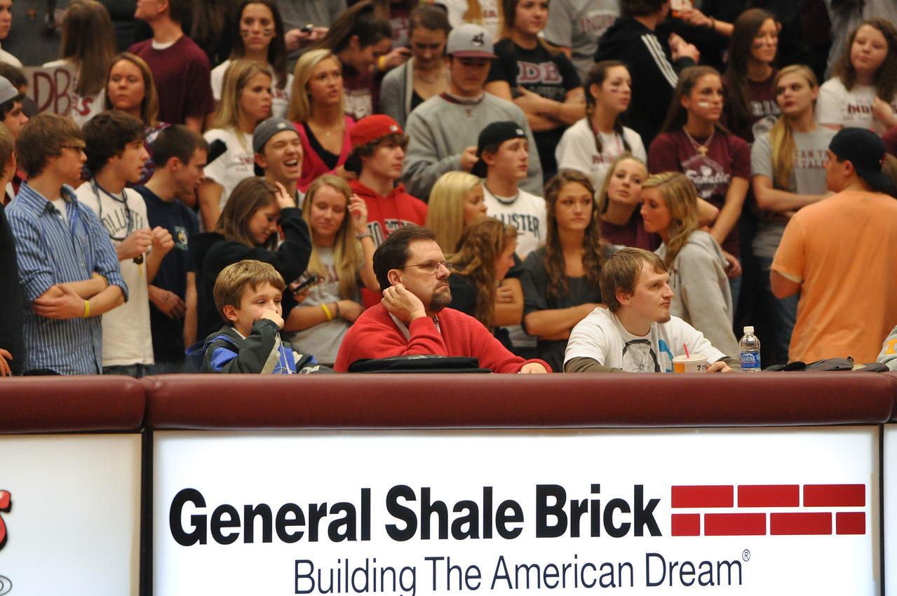 basketball homecoming 02-05-2010 (58 of 134)