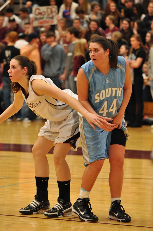 basketball homecoming 02-05-2010 (32 of 134)