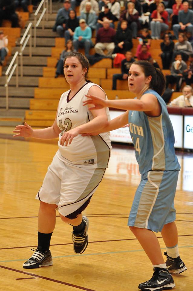 basketball homecoming 02-05-2010 (35 of 134)