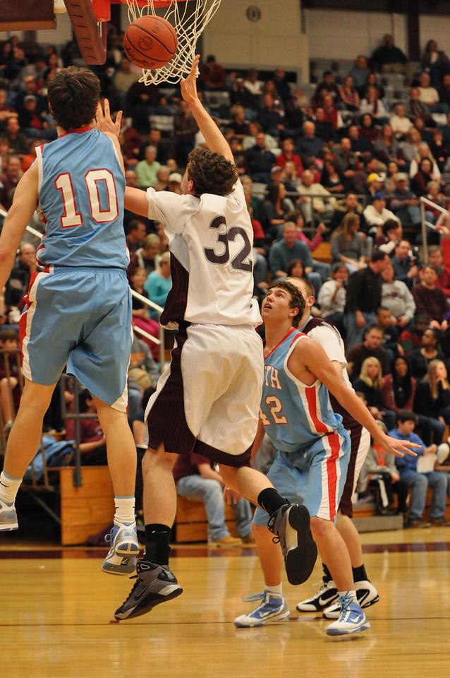 basketball homecoming 02-05-2010 (63 of 134)