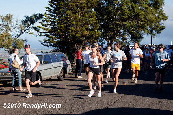 IMG_3134 Nancy Robberson is a stalworth on the Maui running scene. Not only does she co-direct SIX Aluminum Man events over the course of the year but she also edits the yearly calendar of events -- that is about 50 events as there is one nearly every week.