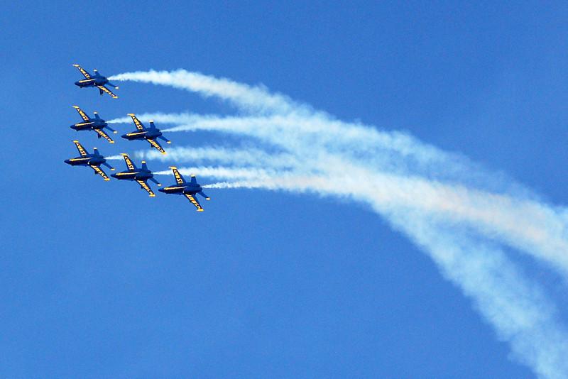 US Navy Blue Angels - Delta Roll