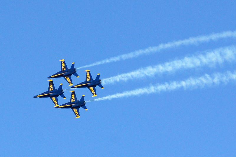US Navy Blue Angels - Diamond Formation