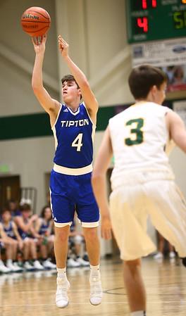 2-6-18<br /> Eastern vs Tipton boys basketball<br /> <br /> Kelly Lafferty Gerber | Kokomo Tribune