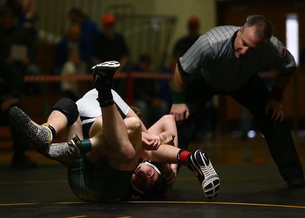 2-3-18<br /> Regional wrestling<br /> Western's Dylan Goudy defeats Eastern's Tytus Morrisett in the 138.<br /> Kelly Lafferty Gerber | Kokomo Tribune