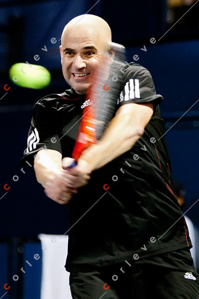 Los Angeles Tennis Open - Andre Agassi vs John McEnroe - 073014